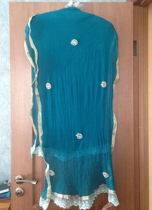 Роскошный шарф шаль палантин парео в красивые украшения из кристаллов и бусин 100%шелк