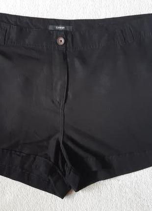 Черные легкие шорты  р-р 20
