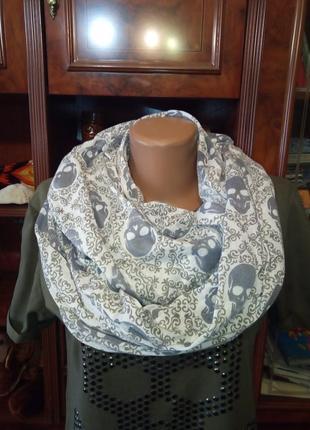 Стильный шарф хомут в принт черепа