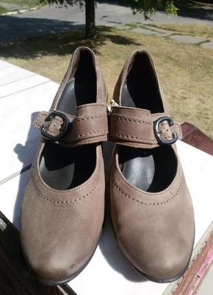 Шикарные и нарядные туфли gabor натуральная кожа