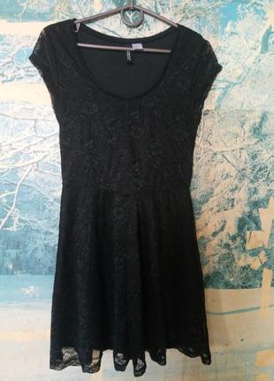Гипюровое короткое платье divided by h&m