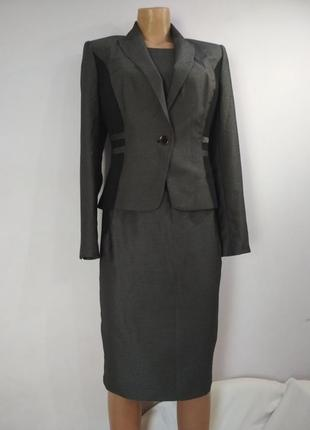 Офисный костюм,классика,деловой ( платье + пиджак).