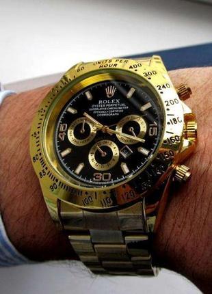 Наручные часы gold black