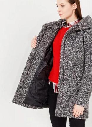 Демисезонное тёплое полупальто с капюшоном шерястяное пальто букле only p.s