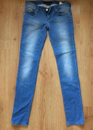 Готовимся к весне! джинсы calvin klein