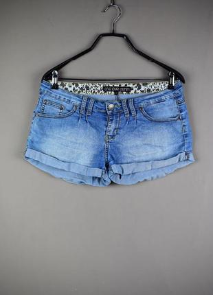 Красивые короткие джинсовые шорты от one love denim