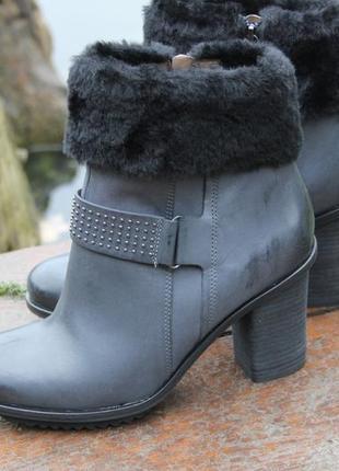 Есть цвета. ботинки ecco 39р. кожа. мех. оригинал.