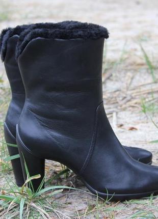 Ботинки черные ecco 39 р. кожа. оригинал