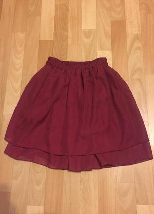 Продам красивую пышную юбочку цвета бордо