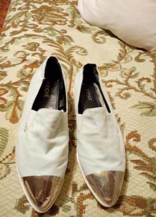 Туфлі еспадрільї мокасіни
