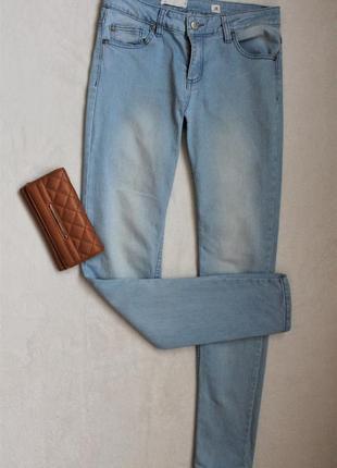 Классные голубые джинсы от cubus, размер m