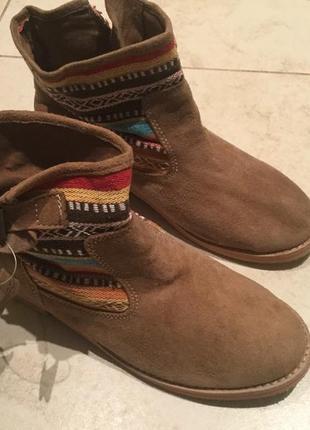 Стильные натуральные ботинки от andre