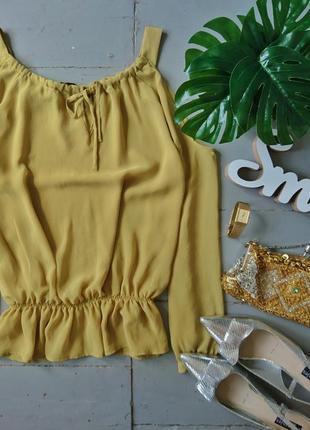 Актуальная блуза с открытыми плечами №159