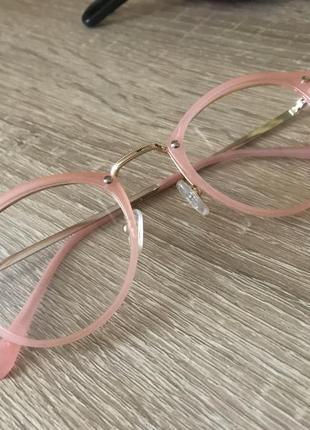 Имеджевые очки, очки с прозрачными стёклами