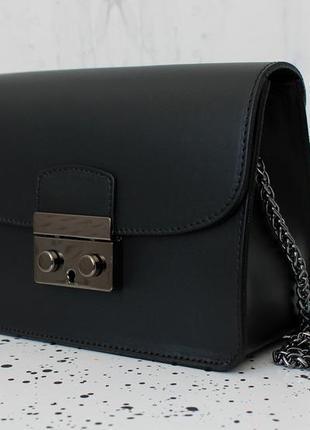 Итальянская кожаная мини сумка черного цвета, vera pelle (италия)