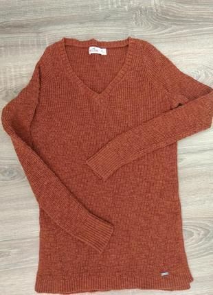 Стильный свитер
