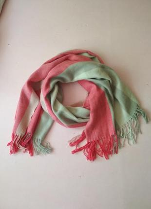 Теплый длинный шарф с бахромой, есть нюанс