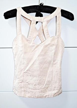 Очень милая блуза топ из очень красивой пудровой ткани фирмы dressy collection bershka