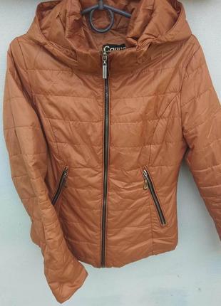 Рижая тоненькая куртка