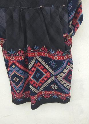 Платье з украинским принтом