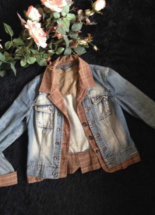 Классная комбинированная джинсовая куртка от geisha jeans