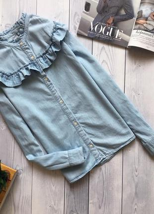 Красивая джинсовая рубашка denim co