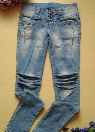 Джинсы с эффектными коленками feshion jeans, 26р (s)