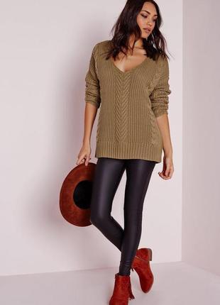Красивый батальный свитер оверсайз в косы