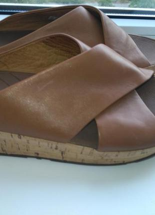 Шлепанцы fit flop