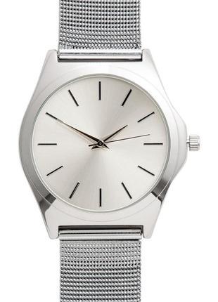 Серебристые металлически наручные часы h&m