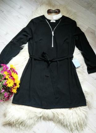 Красивое чёрное платье от papaya