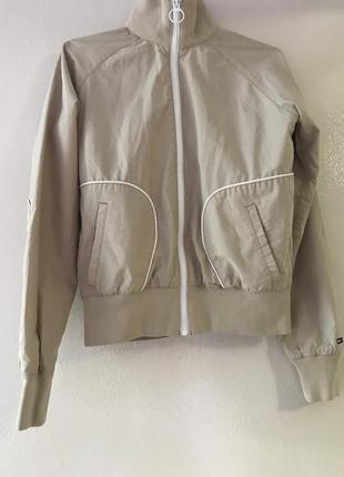 Куртка бомбер вітровка