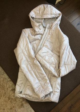 Лёгкая спортивная куртка outventure