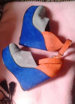 Замшевые туфли , 40р-р / для фотосессии.