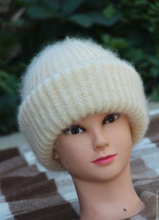 Модная шапка с отворотом ,мохер,мохеровая шапка