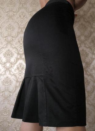 Классическая юбка с интересным кроем