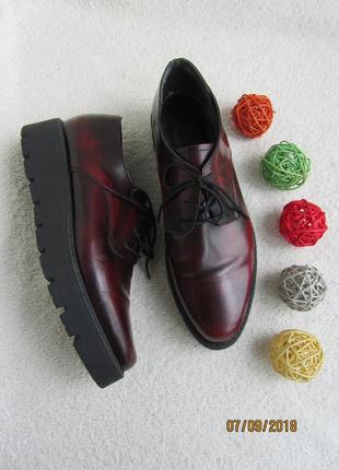 Кожаные туфли office на платформе цвета бордо