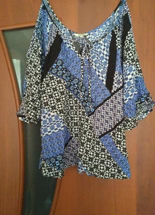 Блузка с вырезами на плечах #розвантажуюсь