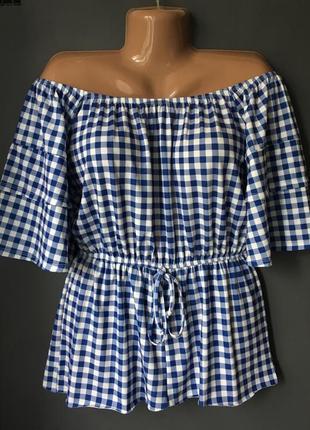 Блуза со спущенными плечами с биркой