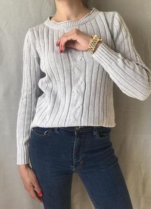 Стильный серый свитерок