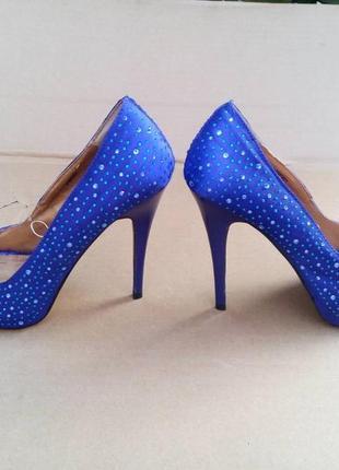 Туфли босоножки с открытым носком на высоком каблуке atmosphere