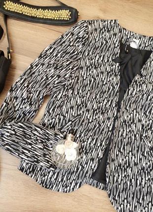 Блейзер жакет пиджак деловой стильный принт
