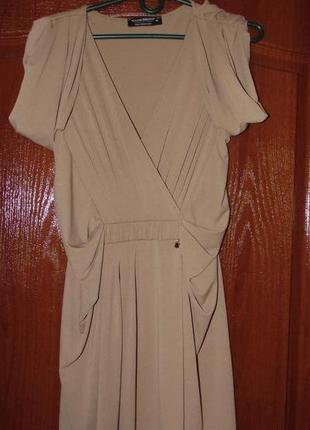 Платье rinascimento телесного цвета
