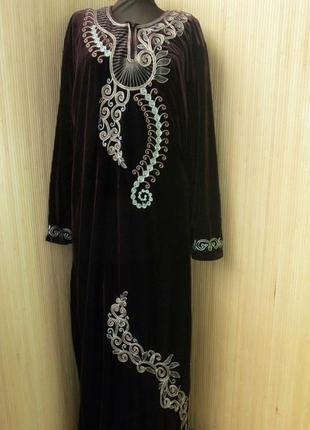 Велюровое шоколадно коричневое платье макси с вышивкой / с длинным рукавом /  абая l/xl