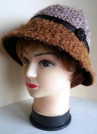 Шляпка женская. колокольчик. ткань - букле. ручная работа. цена 160 гр.