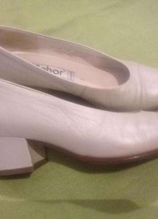 Кожанын женские туфли gabor