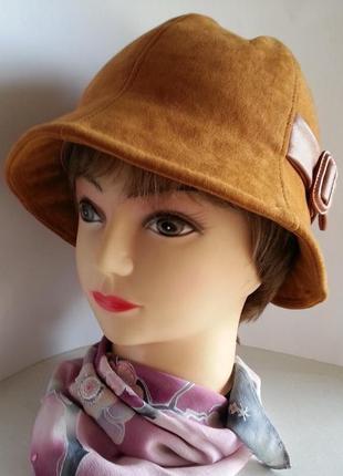 Шляпка женская. колокольчик. ткань - спандекс. ручная работа. цена 160 гр.