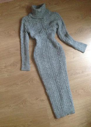 Серое меланжевое вязаное платье длина ниже колен шерсть+акрил