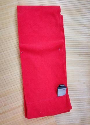 Красный флисовый шарф