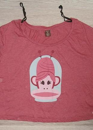 Кроп-футболка с прикольным принтом